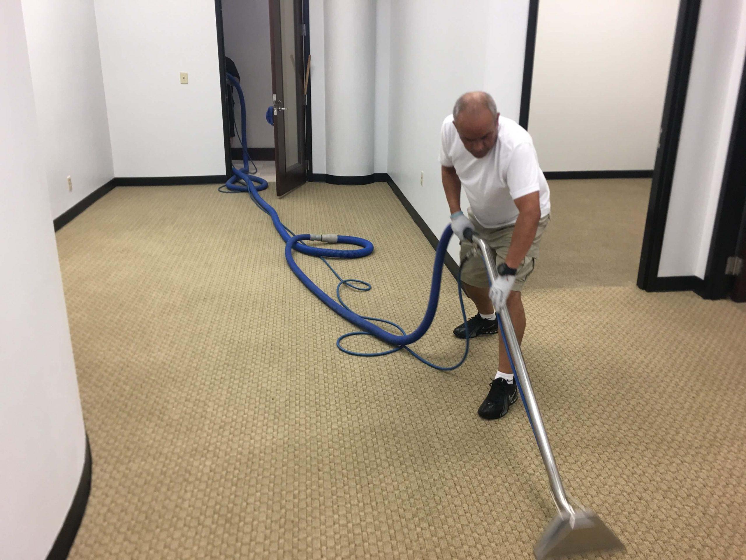 K & C Chem-Dry tech performing carpet cleaning in atlanta ga